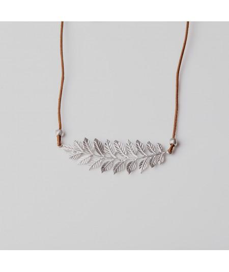 Collar laurel plata