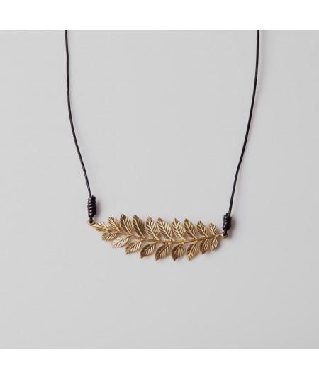 Collar laurel oro